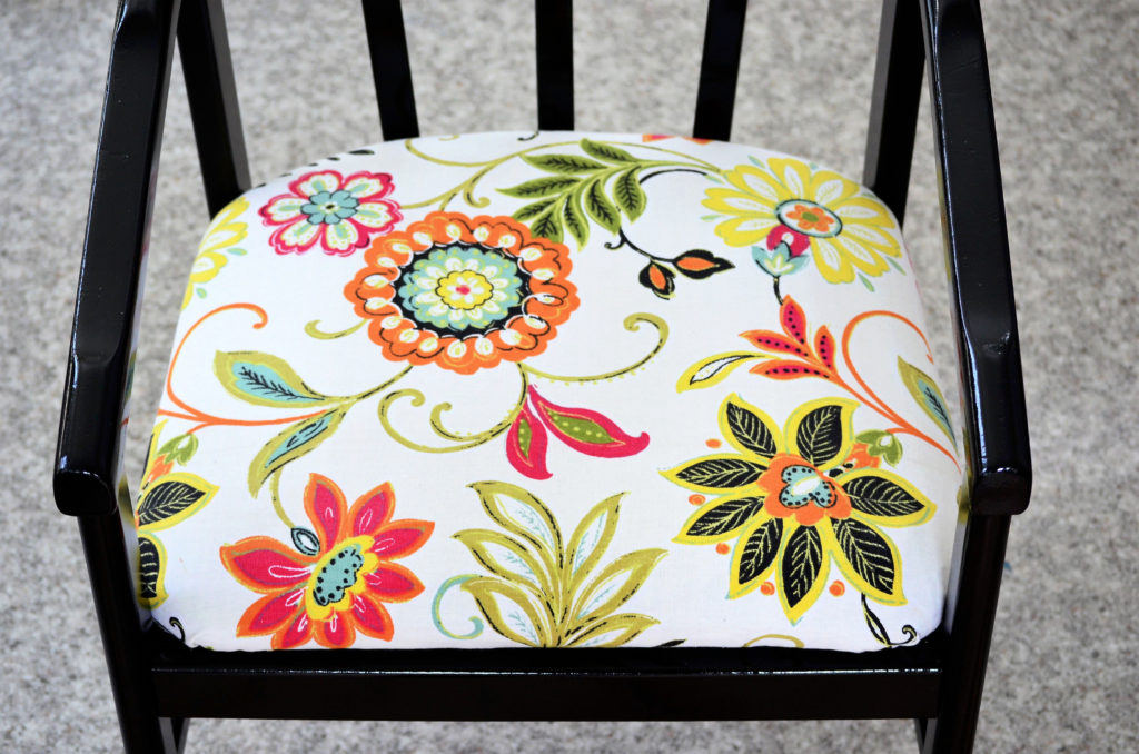 From Ugly to Lovely: A Chair Makeover.